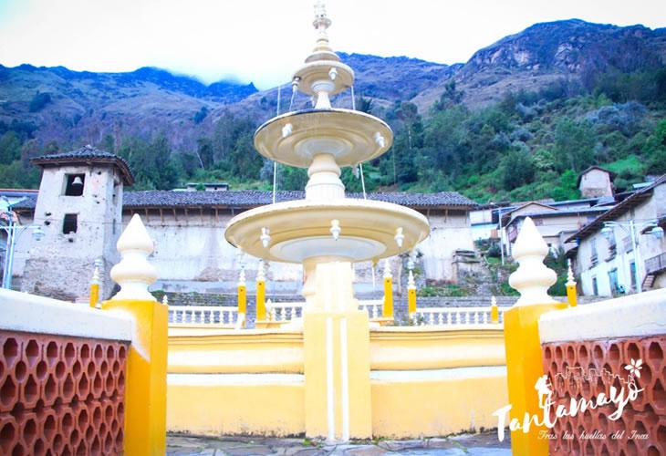 plaza de armas de tantamayo